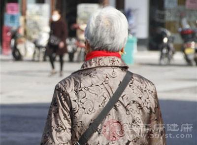 专家称 中老年女性补充益生菌可防骨质疏松症
