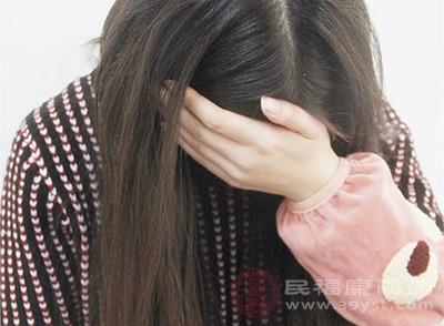 压力会过度刺激大脑中的杏仁核