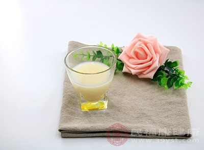 喝豆浆具有预防多种妇科疾病的作用