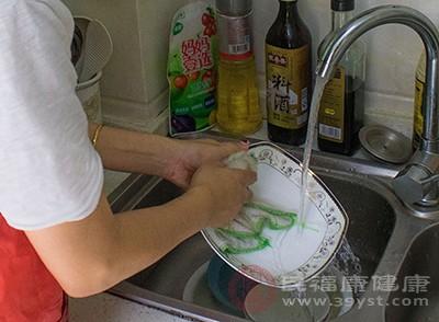 碗筷的卫生情况非常重要
