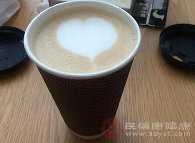 咖啡的好处与坏处 空腹喝咖啡的危害知道吗