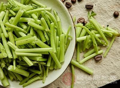 茼蒿的功效 吃这种蔬菜竟能美化肌肤