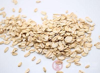 燕麦的功效 想减肥这样吃效果好