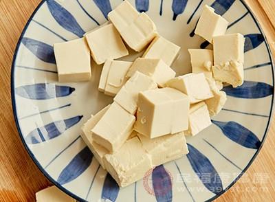 豆腐的营养价值 它们不要和豆腐同吃