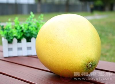 我们知道大多数柚子都是甜中带苦的