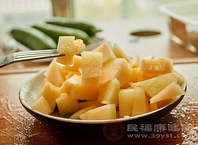 哈密瓜含有钾元素也比较丰富