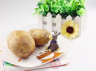 土豆切成小块