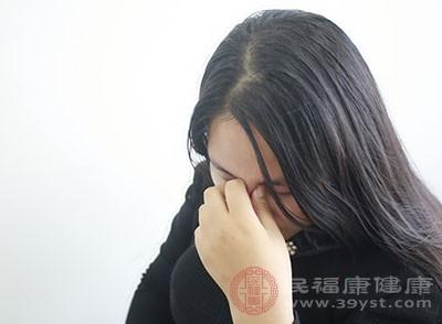 闭经的症状 女性情绪波动大竟是因为它