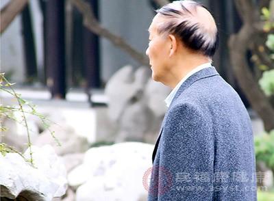 家住汉阳的陈爹爹,平时烟酒不沾,身体一向不错