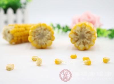 玉米的功效与作用 排毒减肥可以多吃这种食物