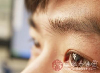 青光眼症状 它竟然会导致视力下降