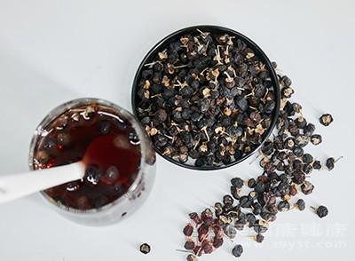 黑枸杞中含有丰富的维生素