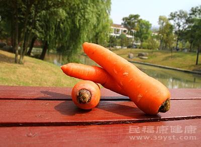 每周平均吃5次胡萝卜的女性,其患卵巢癌的可能性比普通女性降低50%