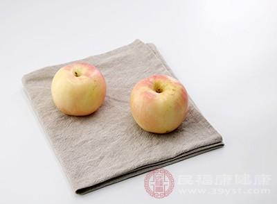 在平时多吃一点苹果对人体非常好