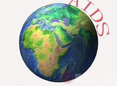 红点多在艾滋病的初期或者是潜伏期出现