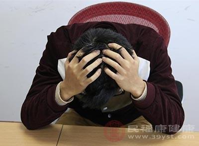 焦虑症的原因 甲亢竟可能引起这种疾病