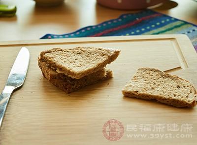 面包被很多人选择作为早餐