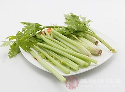芹菜中含有丰富的膳食纤维
