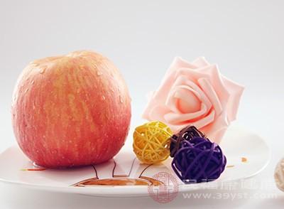 蘋果中含纖維素可刺激腸蠕動