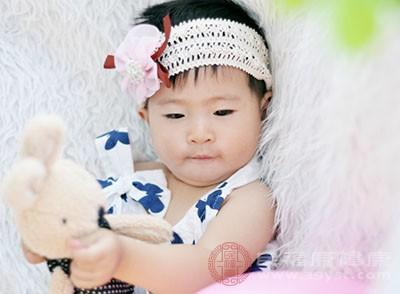宝宝营养不良的症状 营养不良要多吃它