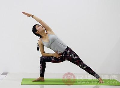 瑜伽的好处 做这种运动可以预防慢性病
