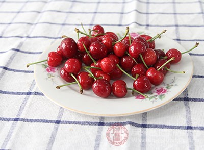 吃樱桃的好处 小小樱桃好处多