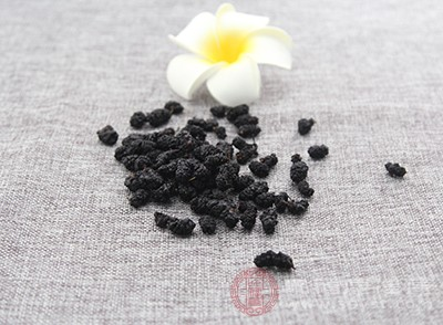 桑葚干是目前水果及其制品中天然含铁丰富的