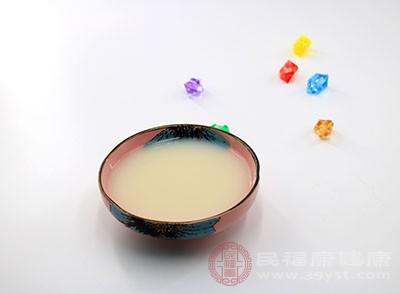 豆浆的作用 这种常见饮品润肤养颜效果好