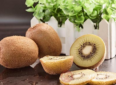 猕猴桃中含有丰富的果胶