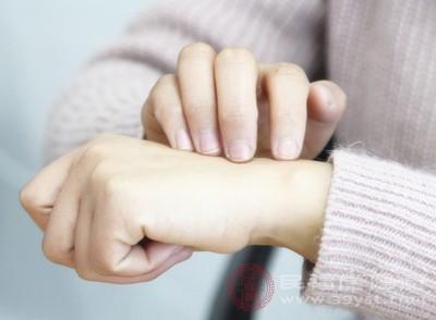 皮肤过敏怎么办 用它敷一下竟能缓解过敏