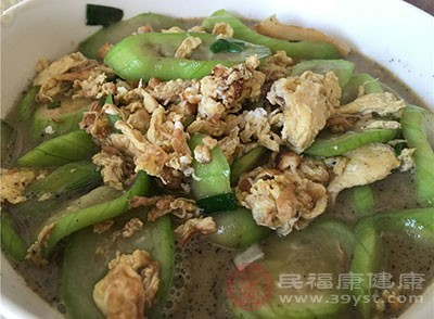 丝瓜中含有很多的维生素C