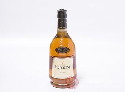 长期喝酒,酒精刺激导致脂肪肝