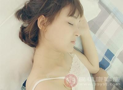 睡眠习惯急剧变化时,就需要引起警觉