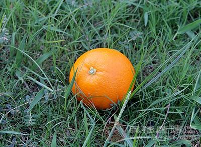 橙子具有缓解镇定情绪的功效
