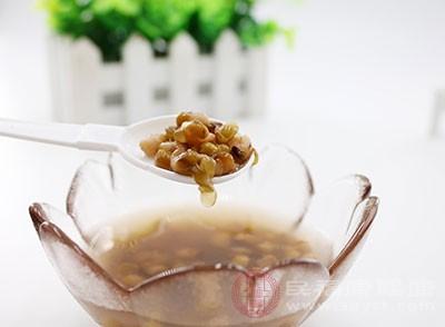 绿豆汤的功效与作用 这样做绿豆沙美味又营养