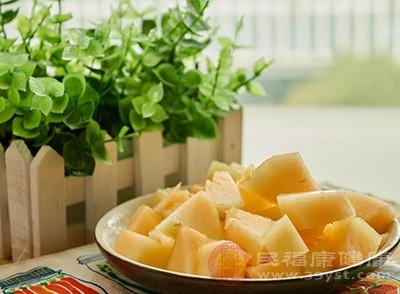 哈密瓜的作用 多吃这种水果能够预防贫血