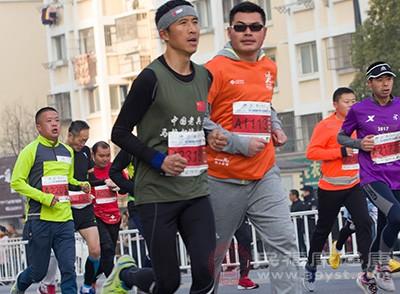 跑步的好处 这种锻炼方式能够消除多余的脂肪