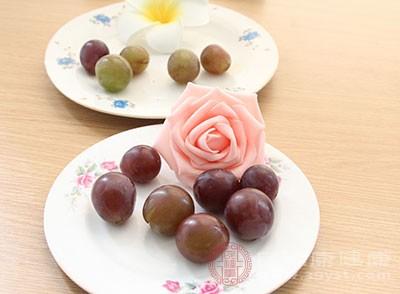 婦女產後失血過多,可以葡萄作為補血聖品