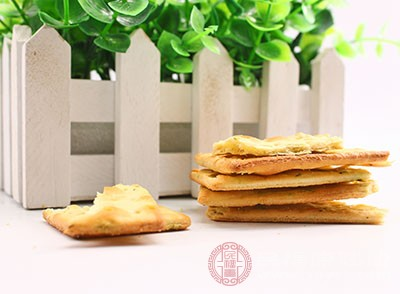 服用蘇打餅干對于暈車的情況也有一定的治療作用