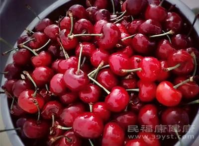 食用櫻桃在一定的程度上能夠起到緩解衰老的效果