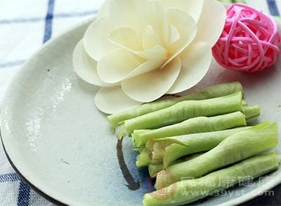 豇豆不能生吃,生豇豆含有毒素,有引起食物中毒的可能