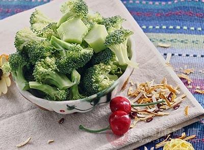西兰花的功效 经常吃这种蔬菜肝脏会更好
