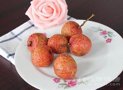 荔枝果肉富含维生素C、B族维生素、胡萝卜素