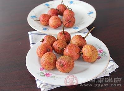 荔枝的功效 经常吃这种水果能够美容祛斑