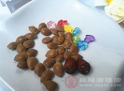 杏仁的好处 常吃这种坚果可以排出毒素