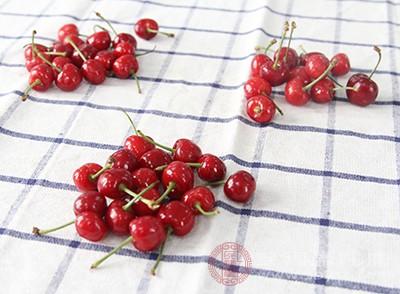 樱桃的功效 想不到这种水果可以治疗痛风