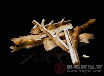竹笋中含有大量的人体所需要的蛋白质、氨基酸、维生素