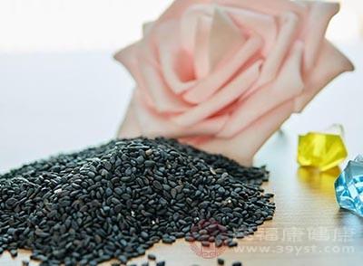 黑芝麻的功效 常吃这种食物可以养颜美容
