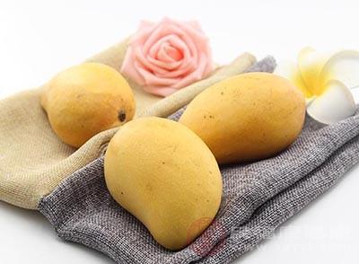 芒果中含有丰富的维生素A、维生素C和维生素E