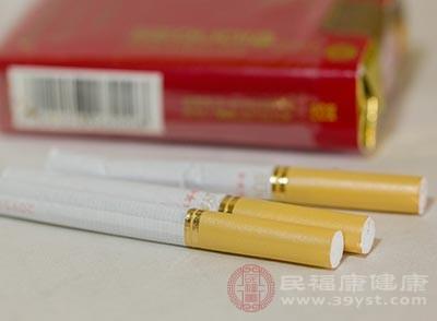 烟草中的尼古丁含有许多刺激性物质